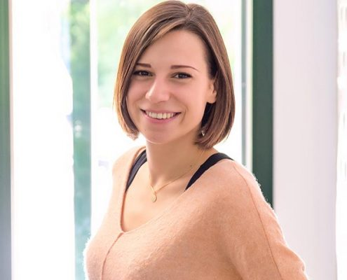 Stefanie Bialek, Kinderland Erding